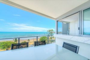 Salt Apartments - Whitsundays Tourism