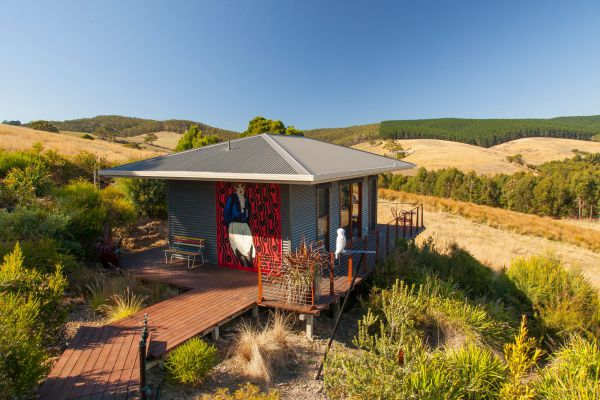 Otway Escapes Luxury Spa Accommodation - Whitsundays Tourism