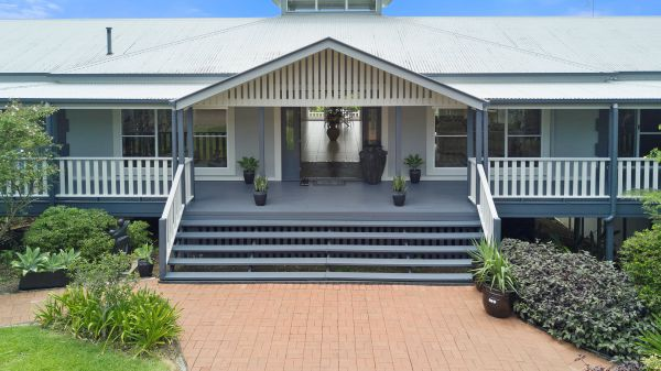 The Country House at Hunchy Luxury Bed and Breakfast Accommodation - Whitsundays Tourism