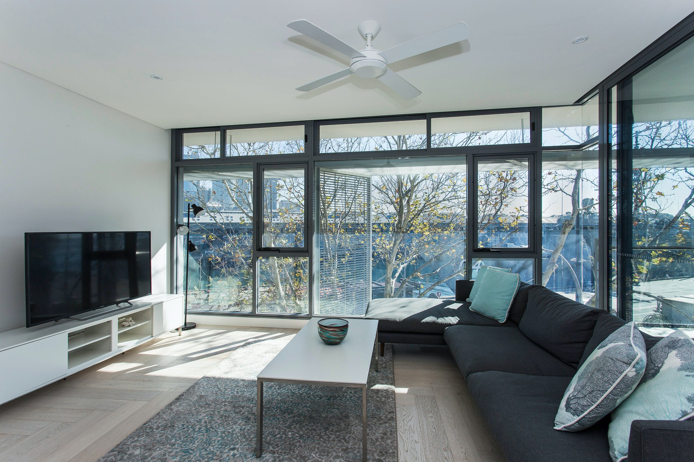 Contemporary Residence in Woolloomooloo - Whitsundays Tourism