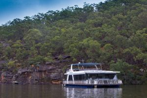 Able Hawkesbury River Houseboats - Kayaks and Dayboats - Whitsundays Tourism