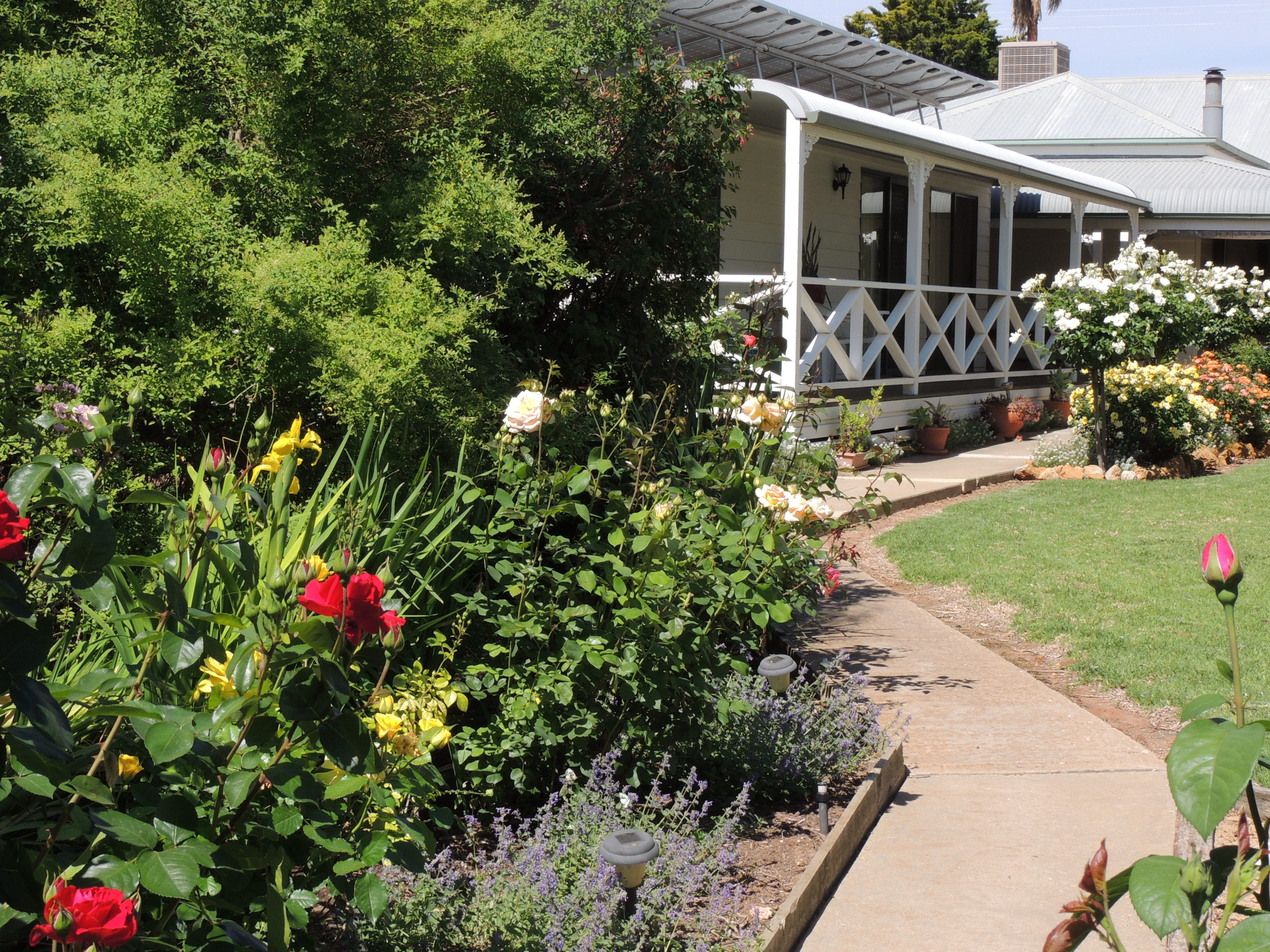 Burrabliss Bed and Breakfast - Whitsundays Tourism