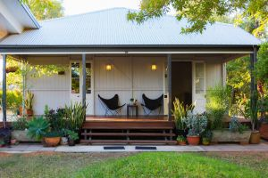 Kenilworth Cottage Barcaldine - Whitsundays Tourism