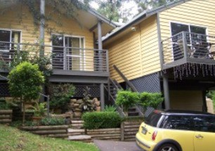 Ttwo Peaks Guesthouse - Whitsundays Tourism