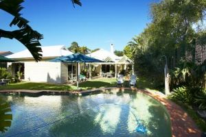 Waratah Brighton Boutique Bed And Breakfast - Whitsundays Tourism