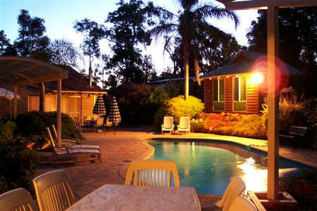 Woodlands Bed And Breakfast - Whitsundays Tourism