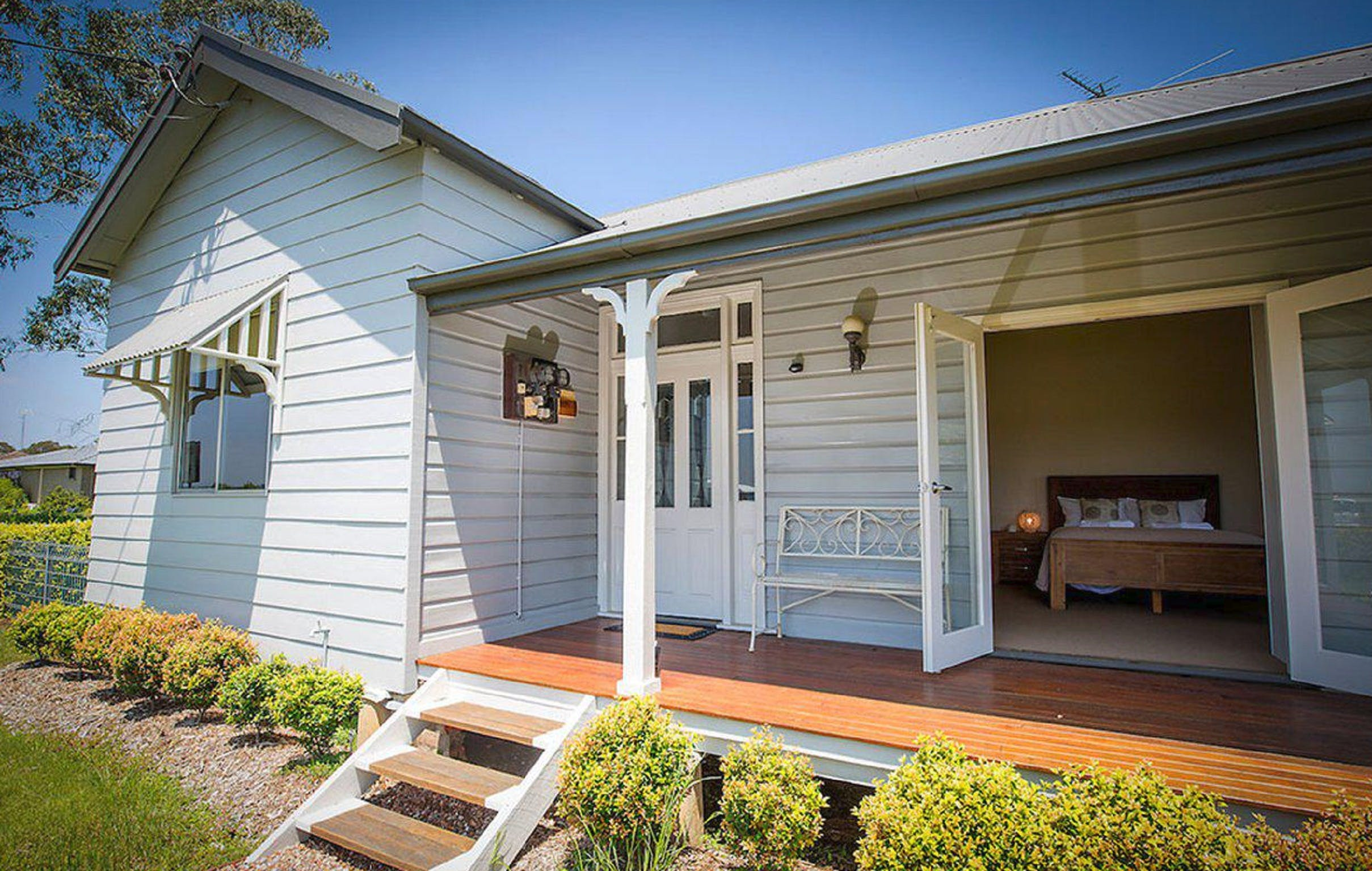 Wine Country Cottage - Whitsundays Tourism
