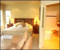 Valley Guest House - Whitsundays Tourism