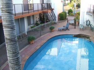 Bargara Beachfront Holiday Apartments - Whitsundays Tourism