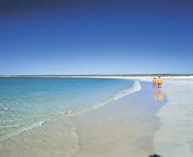 Gnaraloo - Whitsundays Tourism
