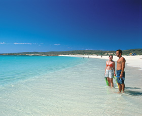 Turquoise Bay - Whitsundays Tourism