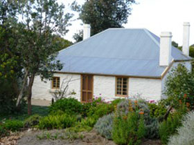 dingley dell cottage - Whitsundays Tourism