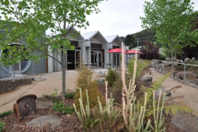 Tin Dragon Interpretation Centre and Cafe - Whitsundays Tourism