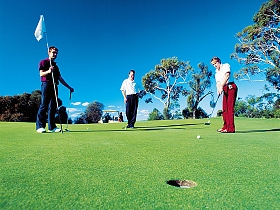 Huon Heights Public Golf Course - Whitsundays Tourism