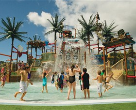 Wet 'n' Wild Water World - Whitsundays Tourism