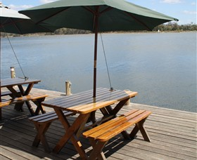 Dine at Tuross Boatshed and Cafe - Whitsundays Tourism