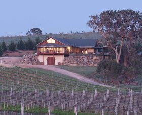 Kurrajong Downs Wines Vineyard - Whitsundays Tourism