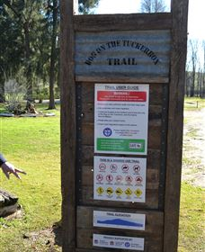 Dog on the Tucker Box Recreational Trail - Whitsundays Tourism