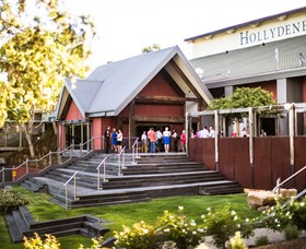 Hollydene Estate Wines and Vines Restaurant - Whitsundays Tourism