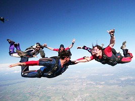 Skydive Maitland - Whitsundays Tourism