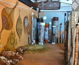 Maningrida Arts and Culture - Whitsundays Tourism