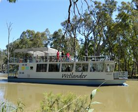 Wetlander Cruises - Whitsundays Tourism