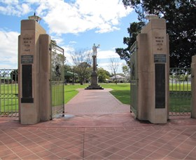 Goondiwindi War Memorial - Whitsundays Tourism