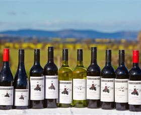 Houlaghans Valley Wines - Whitsundays Tourism