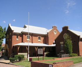 The Cowra Heritage Walk - Whitsundays Tourism