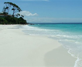 Hyams Beach - Whitsundays Tourism