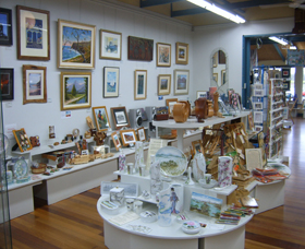 Ferry Park Gallery - Whitsundays Tourism