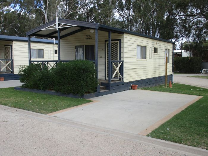 McLean Beach Holiday Park - Whitsundays Tourism