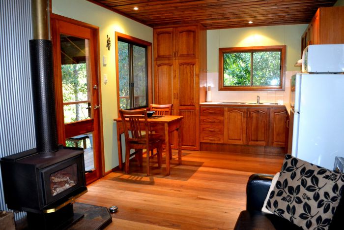Waterfall Hideout-Rainforest Cabin for Couples - Whitsundays Tourism