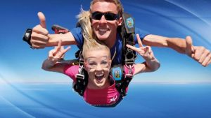 Skydive Oz Canberra - Whitsundays Tourism