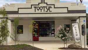 Tootsie Fine Art and Design - Whitsundays Tourism