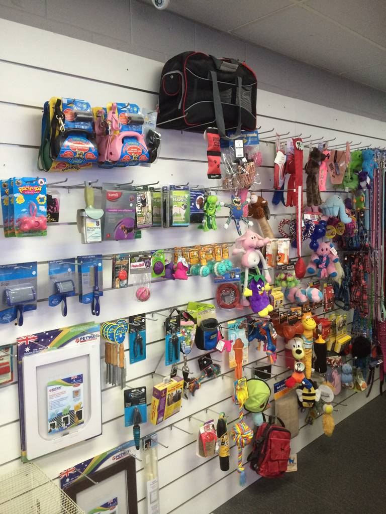 Nambour Pet Shop - Whitsundays Tourism