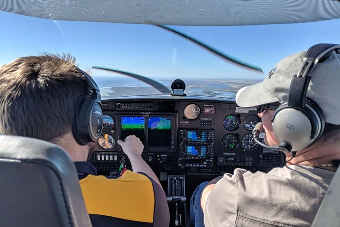 Trial flight and  VR Flight Experience Packages from Moorabbin Airport