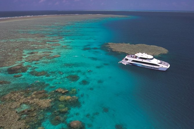 Silversonic Outer Great Barrier Reef Dive and Snorkel Cruise from Port Douglas - Whitsundays Tourism