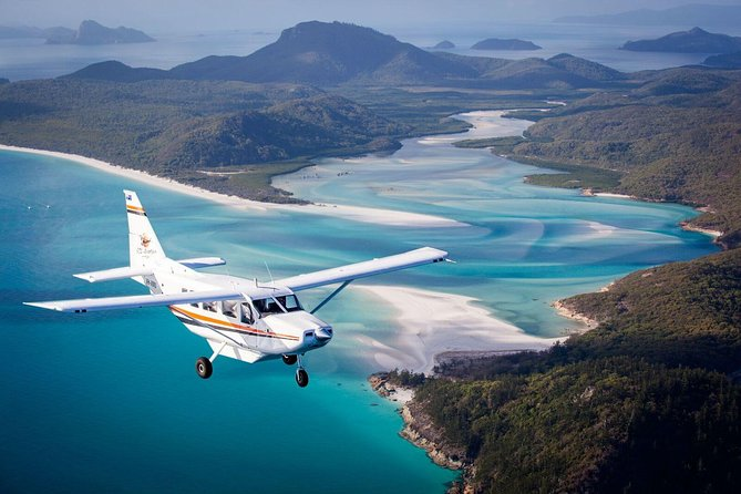 Fly  Cruise Package with lunch - Whitsundays Tourism