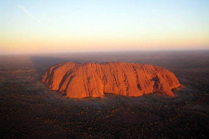 Fixed-Wing Scenic Flight from Uluru Ayers Rock - Whitsundays Tourism