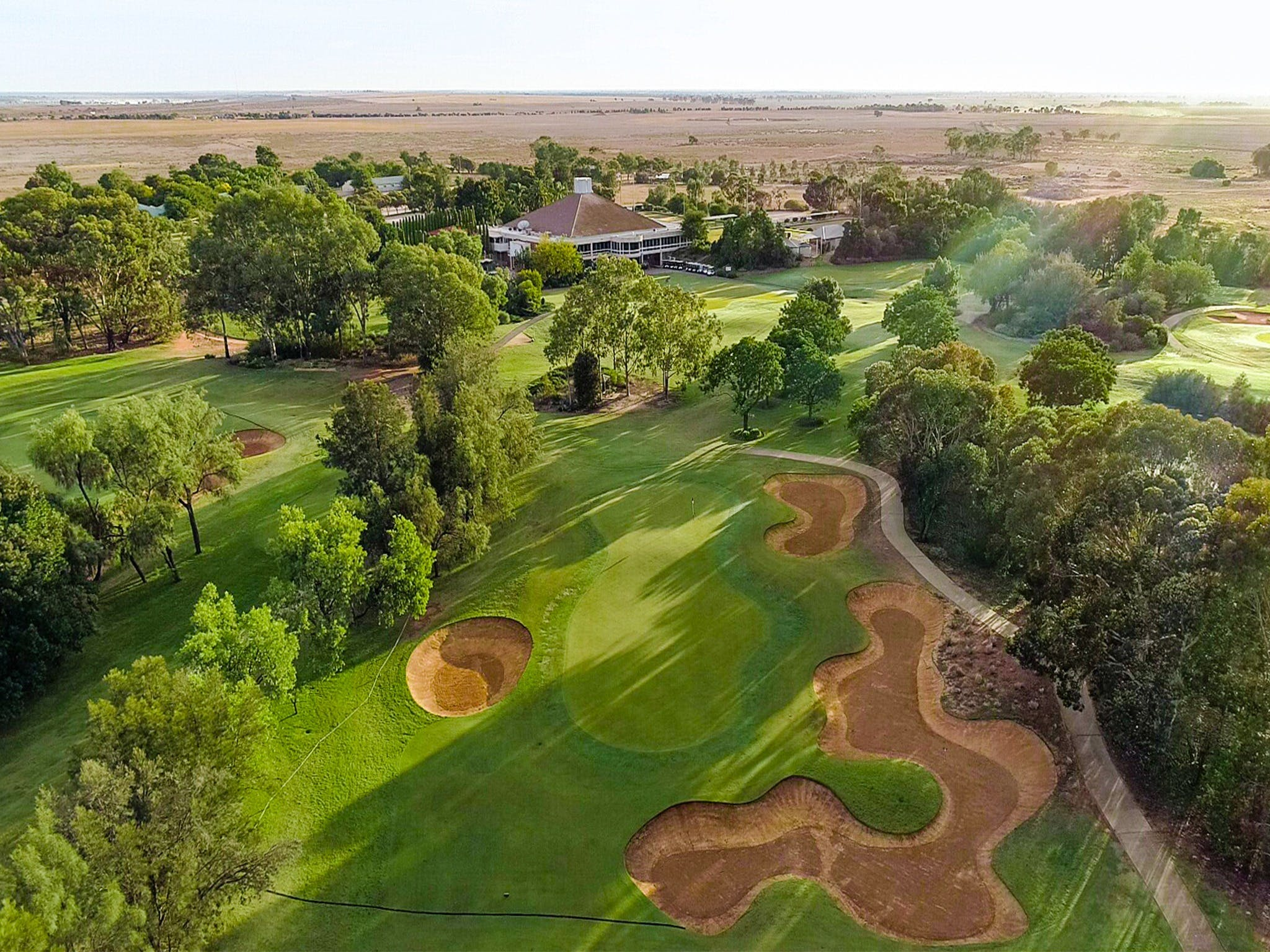 Murray Downs Golf and Country Club - Whitsundays Tourism