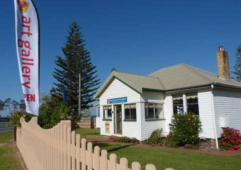 Hastings Fine Art Gallery - Whitsundays Tourism