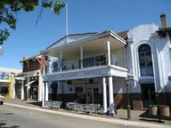 Mount Pleasant Hotel - Whitsundays Tourism