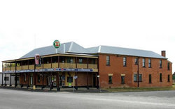 Bundarra Hotel - Whitsundays Tourism