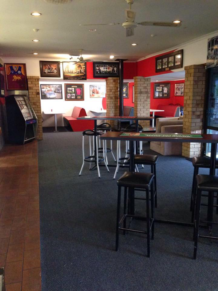 The Back Page Sports Bar  Grill - Whitsundays Tourism