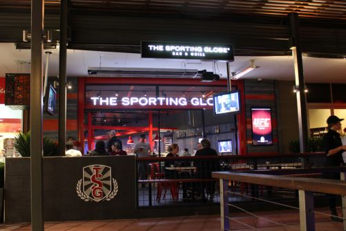 The Sporting Globe Bar amp Grill - Whitsundays Tourism