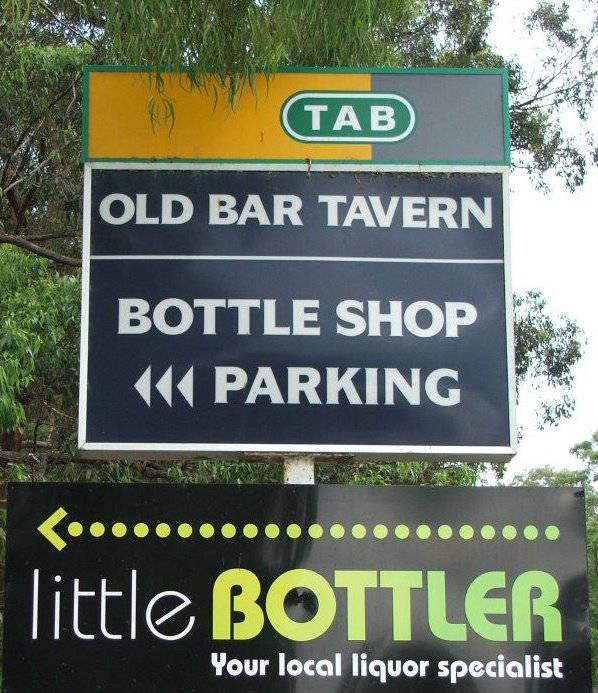Old Bar Tavern - Whitsundays Tourism