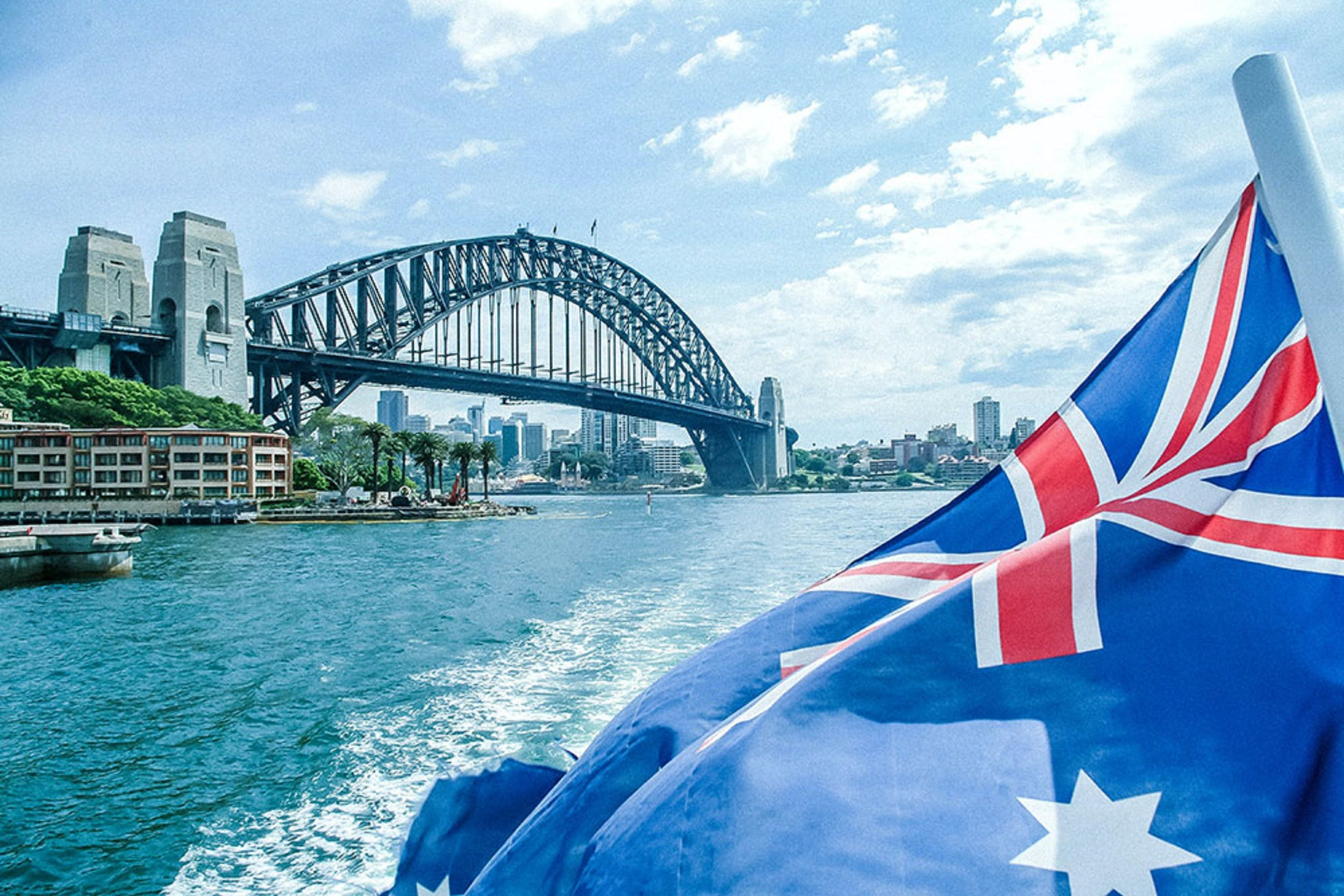Australia Day Lunch and Dinner Cruises On Sydney Harbour with Sydney Showboats - Whitsundays Tourism