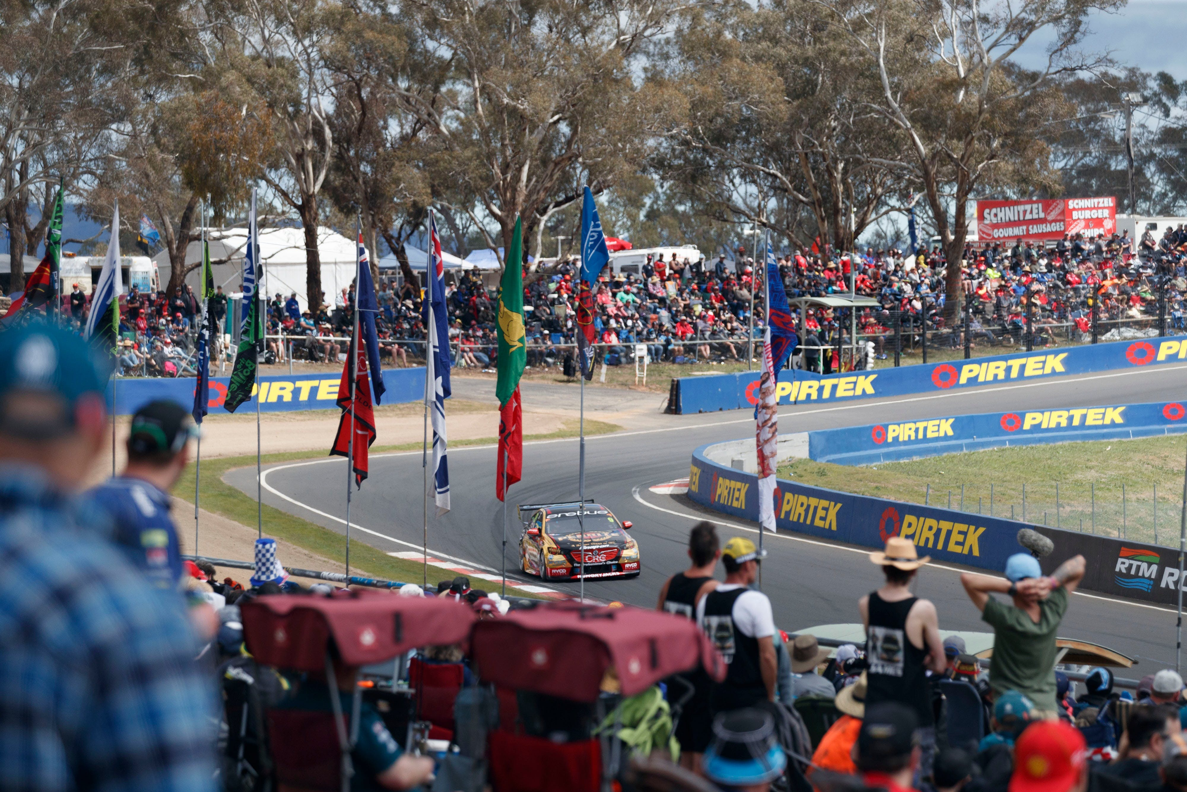 Supercars Supercheap Auto Bathurst 1000 - Whitsundays Tourism