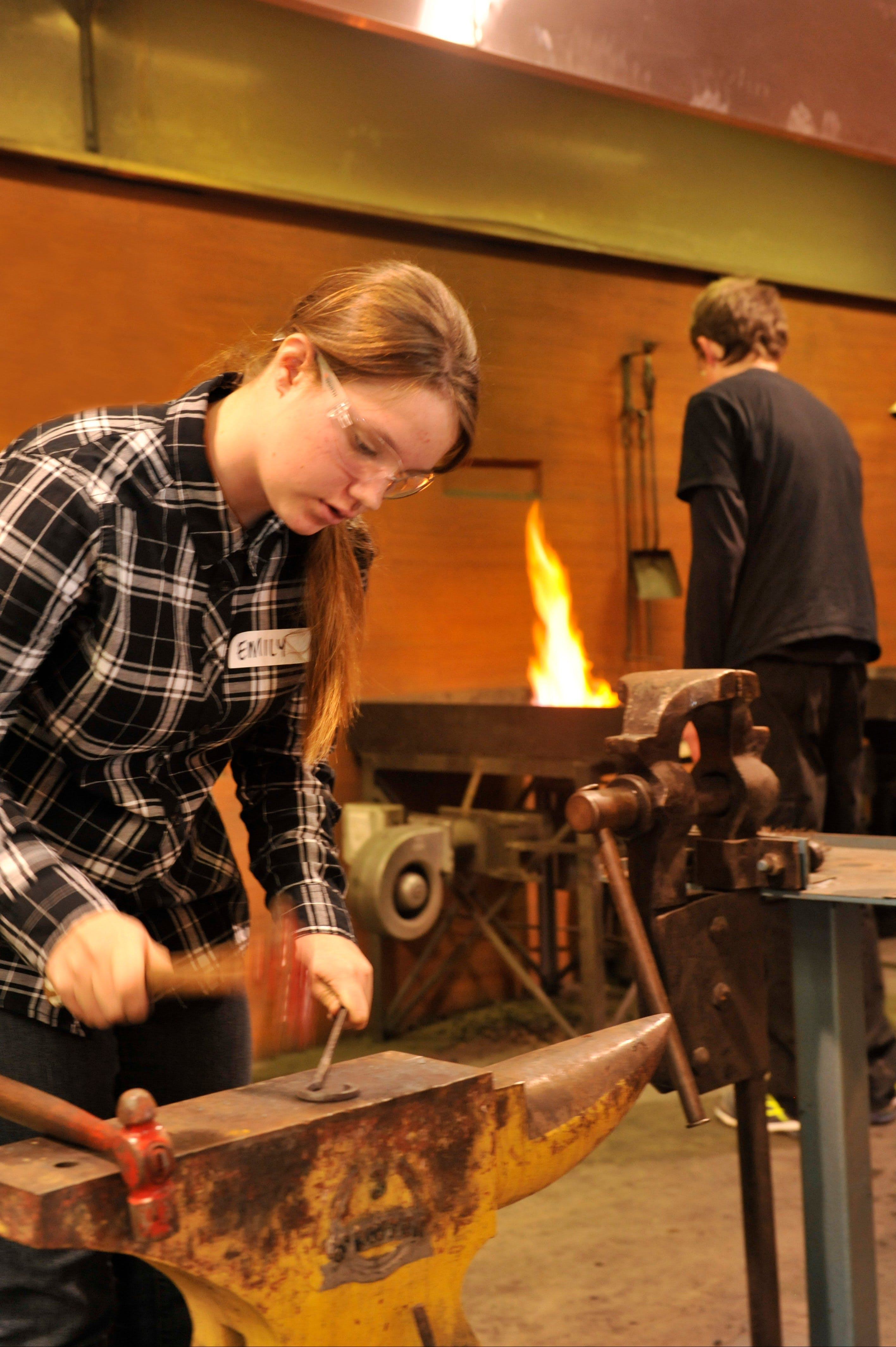 Blacksmithing Teen Workshop - Whitsundays Tourism